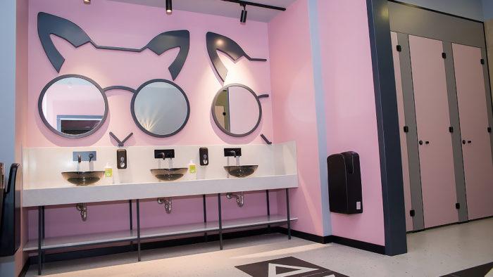 «Туалет-Бутик» стал самым обсуждаемым словом месяца